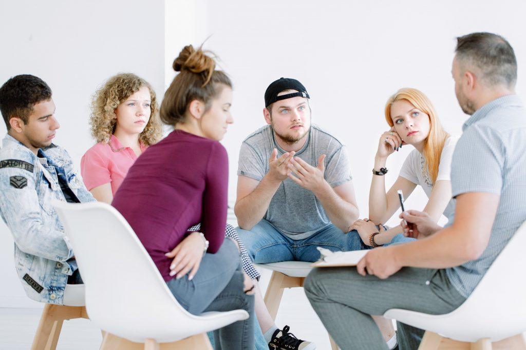 Mediar En Conflictos Con Adolescentes